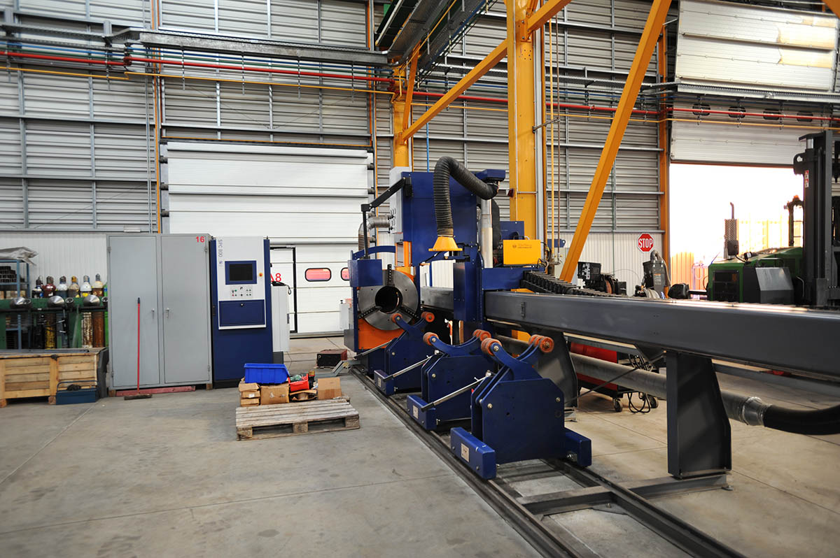 07 CNC pipe cutting machine