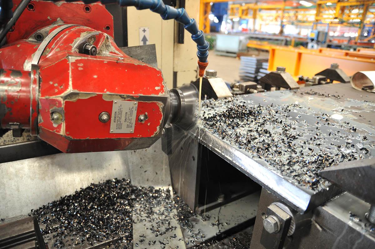 09 CNC milling machine