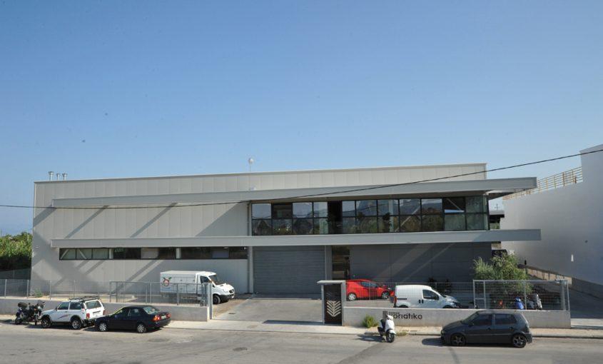Axaiko Xoriatiko - Steel Building
